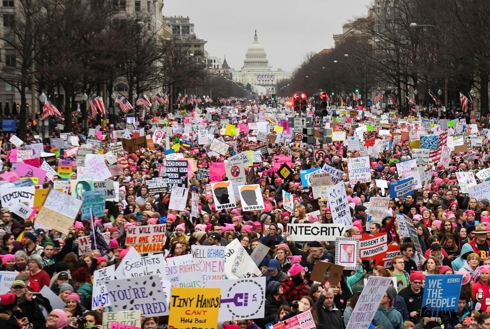 Bryan Woolston / Reuters