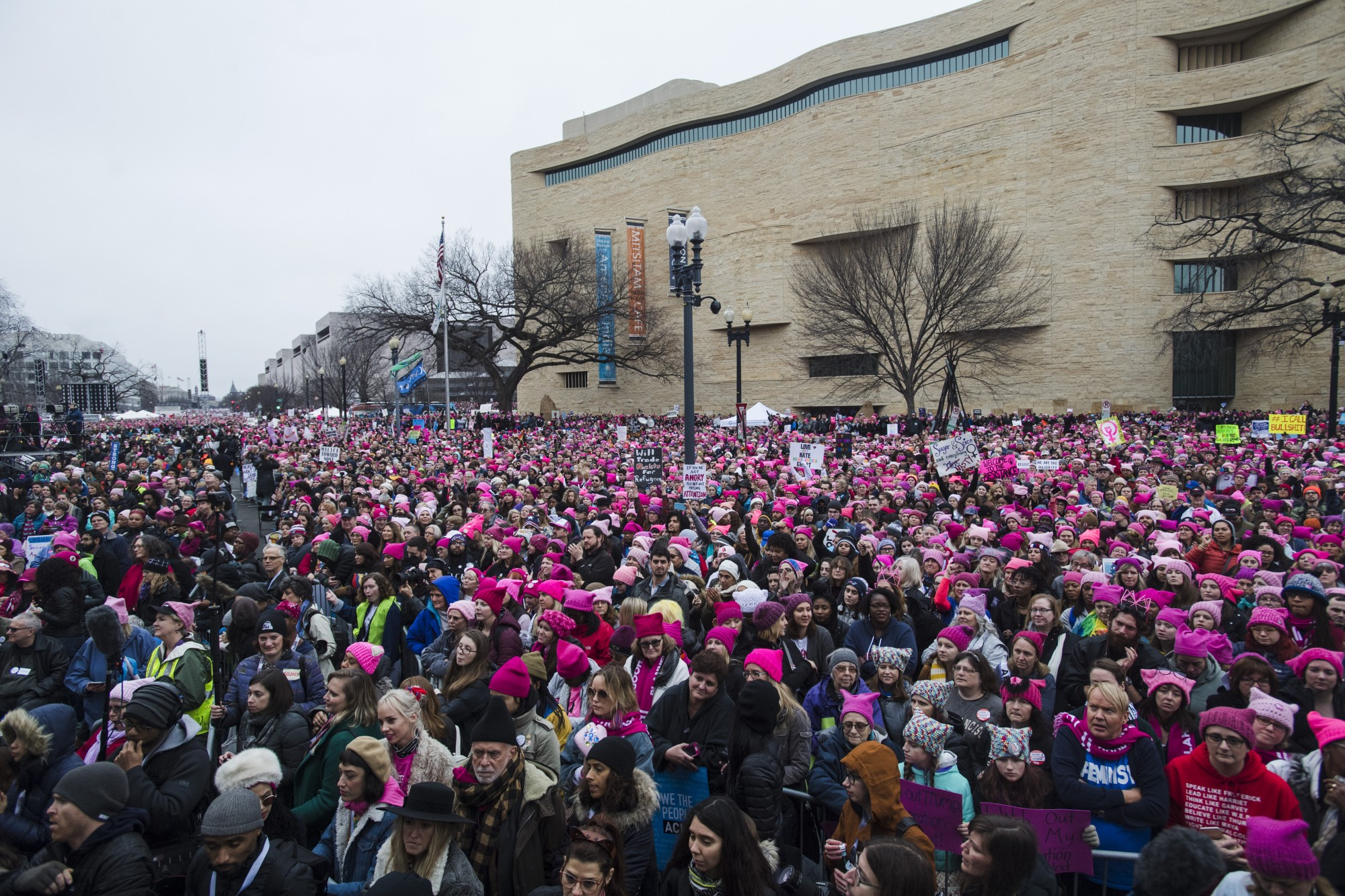 Crowds of people descend on Washington. Amanda Voisard / The Washington Post